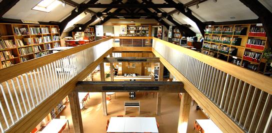 Bibliothèque à Fontainebleau